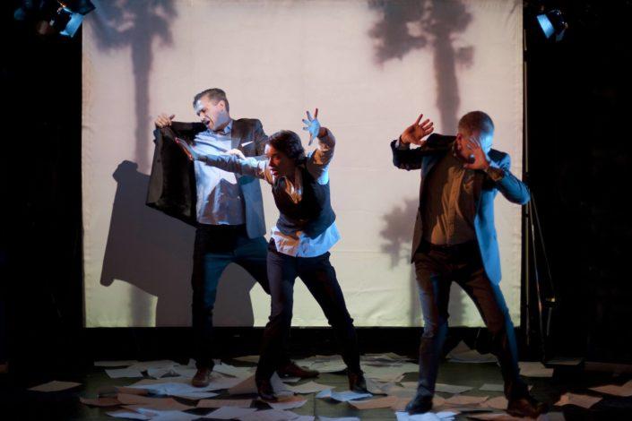 Carina Jingrot i FROSSA, Teater Barbara